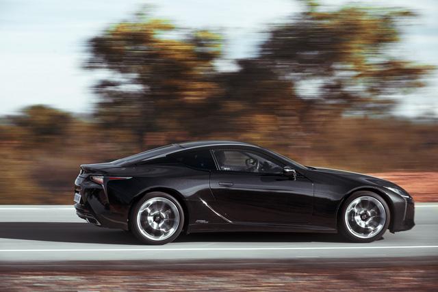 Xe sang Lexus LC Coupe 2018 được chốt giá từ 2,1 tỷ Đồng - Ảnh 3.