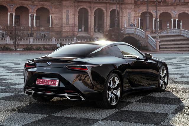 Xe sang Lexus LC Coupe 2018 được chốt giá từ 2,1 tỷ Đồng - Ảnh 13.