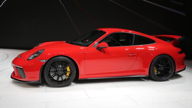 Porsche 911 GT3 2018 chính thức ra mắt, giá từ 3,3 tỷ Đồng - Ảnh 14.