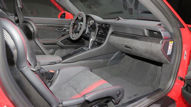 Khách hàng Việt đã có thể đặt hàng ngay Porsche 911 GT3 vừa ra mắt tại Geneva - Ảnh 6.
