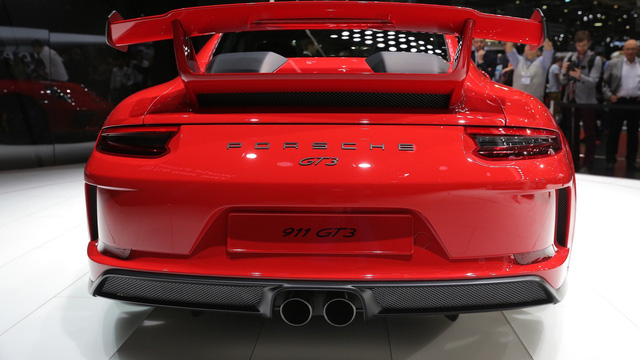 Porsche 911 GT3 2018 chính thức ra mắt, giá từ 3,3 tỷ Đồng - Ảnh 8.