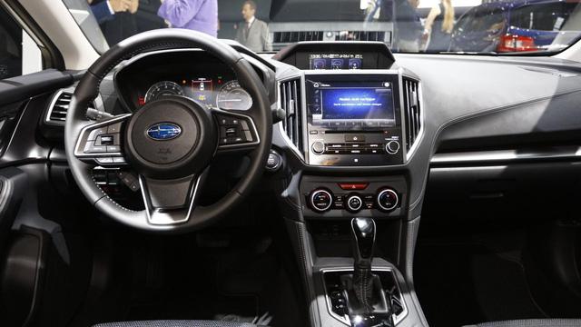 Subaru Impreza 2018: Rộng rãi và an toàn hơn - Ảnh 6.