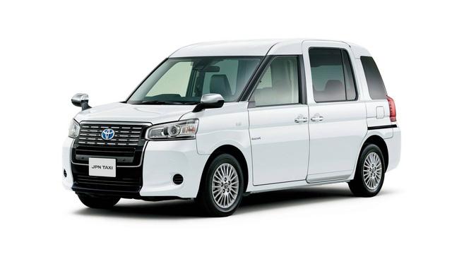 Toyota JPN Taxi - Xe taxi chuyên dụng giá cao - Ảnh 1.