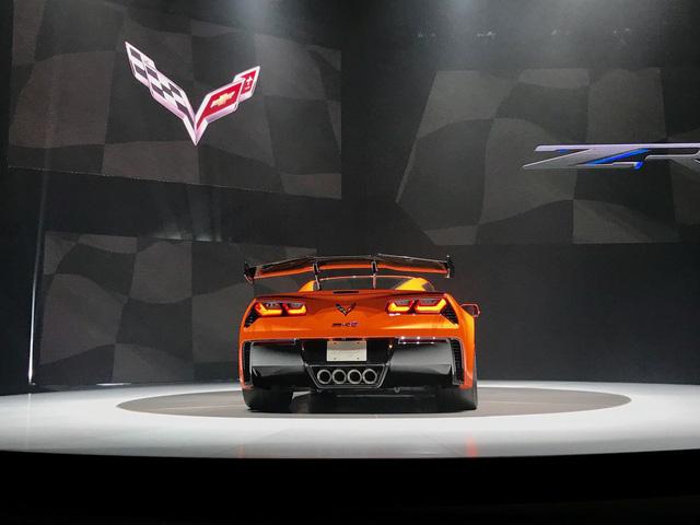 Chevrolet ra mắt Corvette mạnh nhất lịch sử - Ảnh 17.