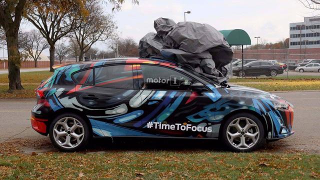 Ford Focus thế hệ mới lộ diện trên phố - Ảnh 1.