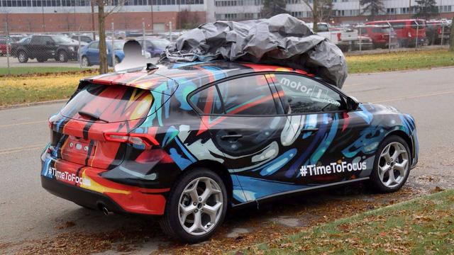 Ford Focus thế hệ mới lộ diện trên phố - Ảnh 6.