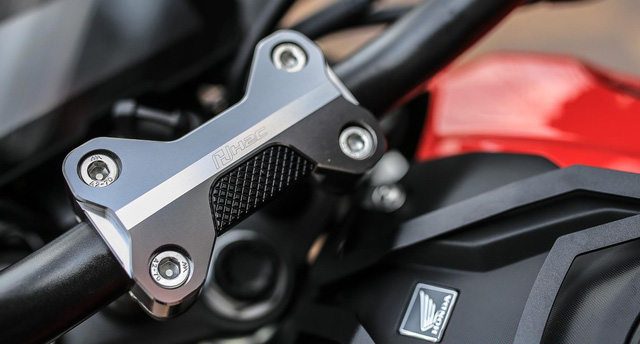 Sướng mắt với Honda CB150R ExMotion chi chít đồ độ - Ảnh 4.