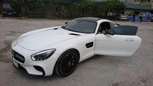 Mercedes-AMG GTS Edition 1 màu trắng đầu tiên về Việt Nam - Ảnh 2.