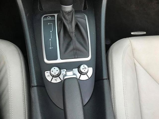 Xe mui trần Mercedes SLK 200 đi hơn 20.000 km rao bán lại chỉ 800 triệu đồng - Ảnh 11.