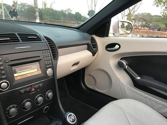Xe mui trần Mercedes SLK 200 đi hơn 20.000 km rao bán lại chỉ 800 triệu đồng - Ảnh 5.