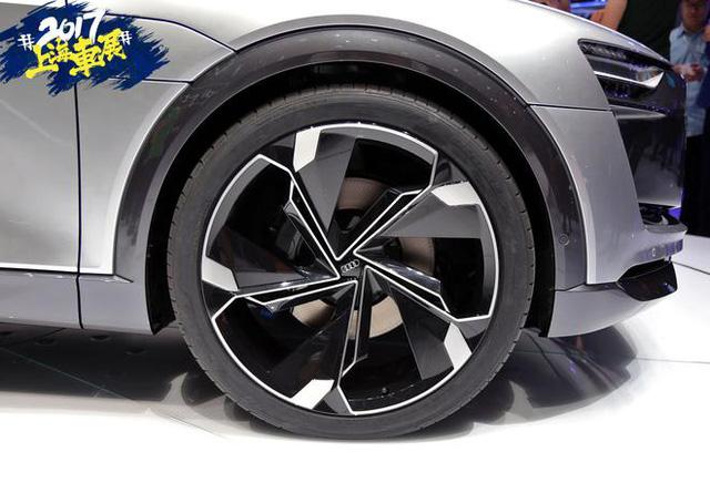 Audi E-Tron Sportback - Đối thủ mới của SUV hạng sang BMW X6 - Ảnh 10.