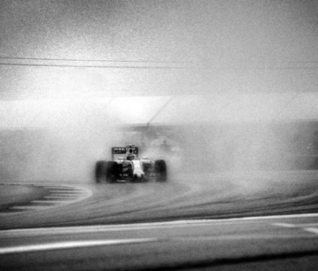 Đường đua F1 đẹp mộng mị qua máy ảnh phim 104 tuổi - Ảnh 6.