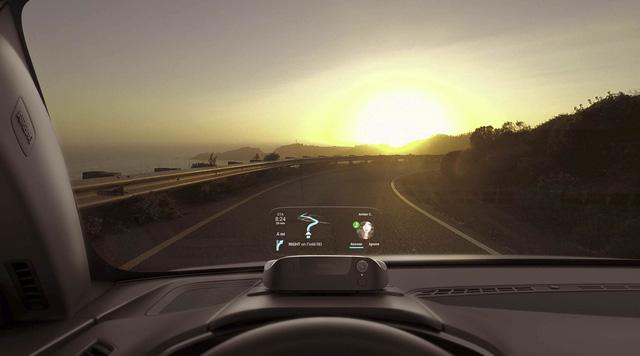 Vì sao màn hình HUD trên xe hơi sẽ trở thành xu hướng? - Ảnh 3.