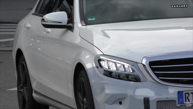 Mercedes-Benz C-Class phiên bản mới lộ ảnh chạy thử phiên bản gần sản xuất - Ảnh 3.