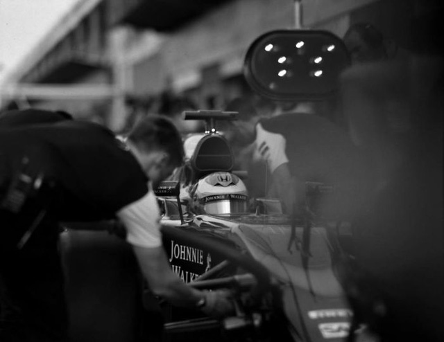 Đường đua F1 đẹp mộng mị qua máy ảnh phim 104 tuổi - Ảnh 7.
