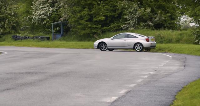 Những điều cần chú ý khi lái xe ở tốc độ cao - Ảnh 5.