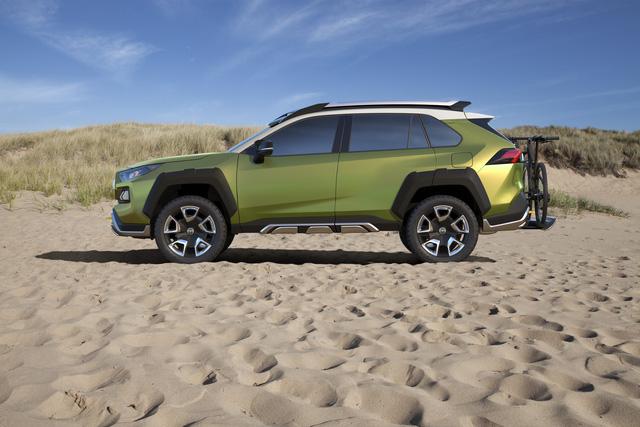 FT-AC: Lời thách thức của Toyota trên phân khúc SUV tương lai - Ảnh 4.