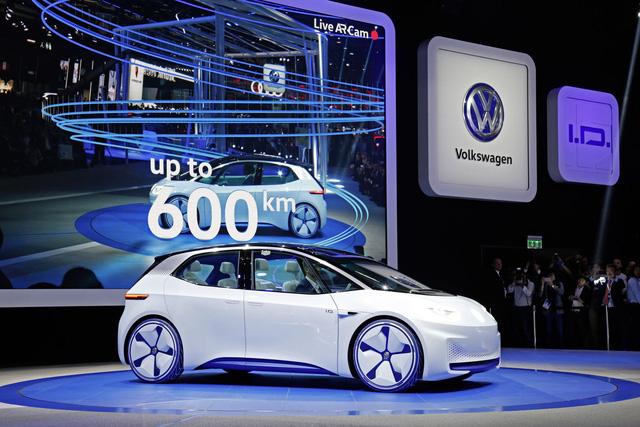 Ford chỉ ra ông trùm của công nghệ xe điện tương lai - Ảnh 2.