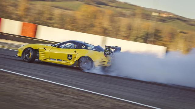 Siêu ngựa Ferrari 599 GTB Fiorano Drift đầu tiên trên thế giới - Ảnh 10.