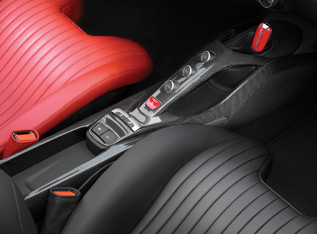 Ferrari 488 Spider độc nhất vô nhị trên thế giới được bán với mức giá giật mình 1,31 triệu USD - Ảnh 5.