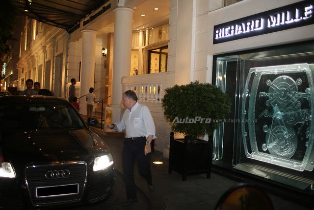 Sao điện ảnh Dương Tử Quỳnh được đón đưa bằng Mercedes-Benz và Audi tại Việt Nam - Ảnh 3.