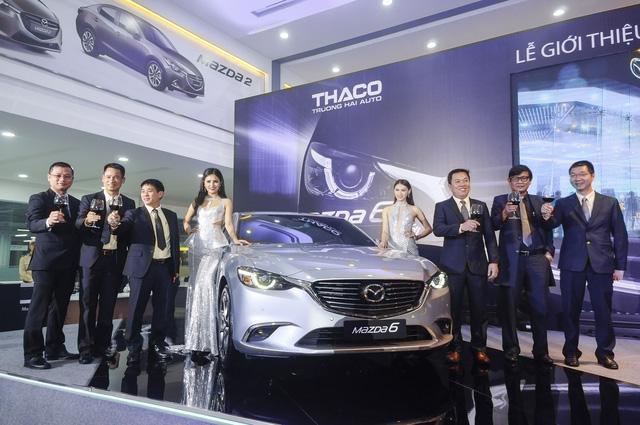 Thách thức Toyota Camry, Mazda6 mới ra mắt với giá 975 triệu Đồng - Ảnh 6.