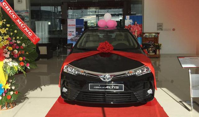 Giảm giá mạnh, Toyota Altis bán vượt Kia Cerato, phả hơi nóng lên Mazda3 - Ảnh 2.