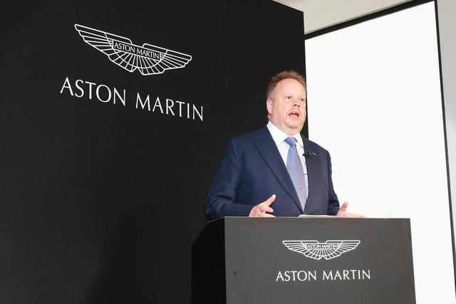 Khám phá đại lý Aston Martin lớn nhất thế giới - Ảnh 3.