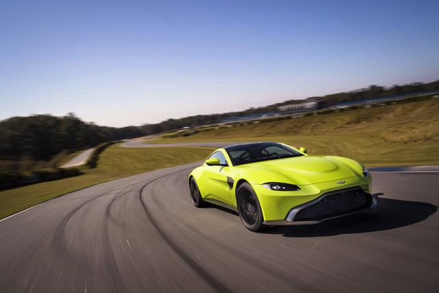 Aston Martin Vantage 2019 phá bỏ giới hạn trong thiết kế - Ảnh 7.