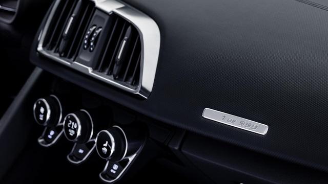 Audi giới thiệu siêu xe R8 V10 phiên bản dẫn động cầu sau, giá từ 3,8 tỷ Đồng - Ảnh 12.