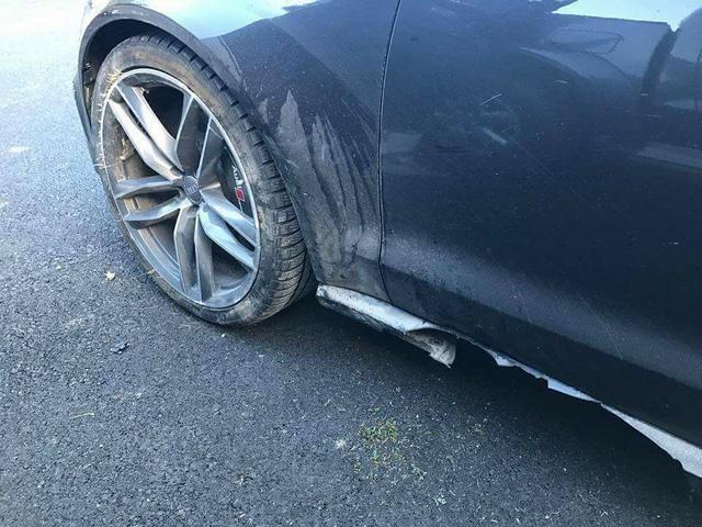 Valentino Rossi gặp nạn cùng Audi RS6 khi đang nghỉ dưỡng tại Ý - Ảnh 5.