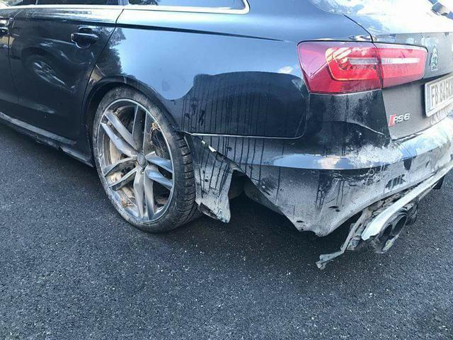 Valentino Rossi gặp nạn cùng Audi RS6 khi đang nghỉ dưỡng tại Ý - Ảnh 3.