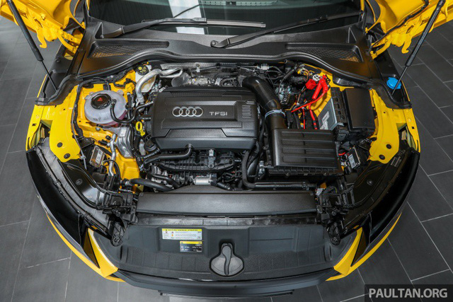 Audi TT 2.0 Black Edition 2018 có giá 77.858 USD tại Malaysia - Ảnh 4.