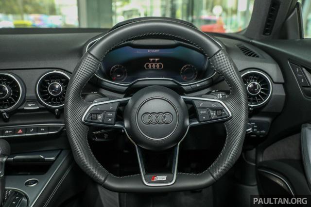 Audi TT 2.0 Black Edition 2018 có giá 77.858 USD tại Malaysia - Ảnh 12.