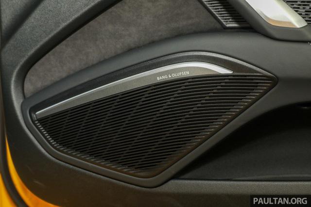 Audi TT 2.0 Black Edition 2018 có giá 77.858 USD tại Malaysia - Ảnh 11.