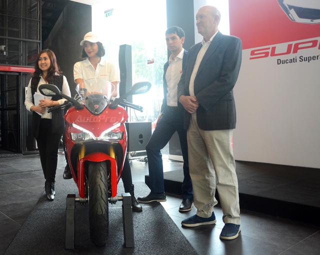 Cận cảnh Ducati SuperSport 2017 phiên bản S có giá 571 triệu Đồng - Ảnh 8.