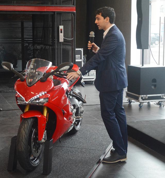 Cận cảnh Ducati SuperSport 2017 phiên bản S có giá 571 triệu Đồng - Ảnh 3.
