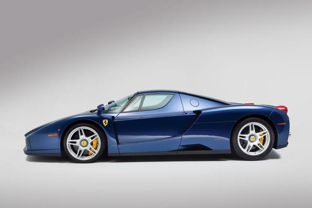 Hàng hiếm Ferrari Enzo với màu sơn cực độc được bán với giá 53,6 tỷ Đồng - Ảnh 2.