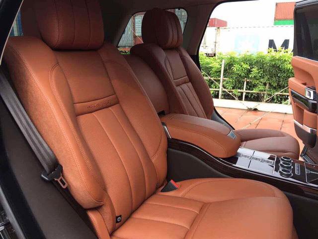 Range Rover SVAutobiography Hybrid đầu tiên được đưa về nước - Ảnh 10.