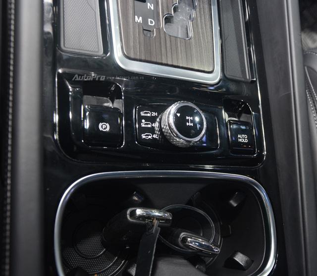 SsangYong G4 Rexton 2018 có gì hot để cạnh tranh cùng Toyota Fortuner - Ảnh 18.