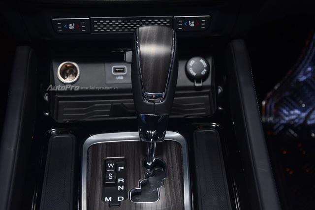 SsangYong G4 Rexton 2018 có gì hot để cạnh tranh cùng Toyota Fortuner - Ảnh 17.