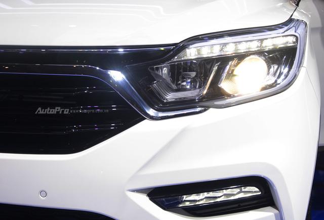 SsangYong G4 Rexton 2018 có gì hot để cạnh tranh cùng Toyota Fortuner - Ảnh 9.