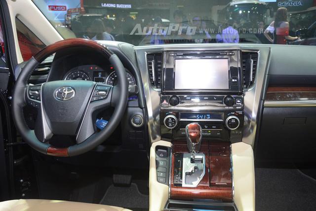 Chi tiết chuyên cơ mặt đất Toyota Alphard phân phối chính hãng 3,533 tỷ Đồng - Ảnh 13.