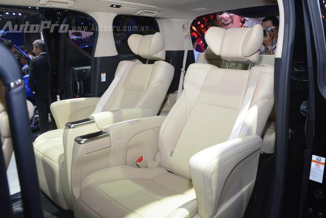 Chi tiết chuyên cơ mặt đất Toyota Alphard phân phối chính hãng 3,533 tỷ Đồng - Ảnh 11.