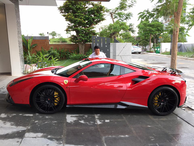 Cư dân mạng xôn xao cặp đôi siêu xe độ khủng, biển VIP của một doanh nhân Đà Nẵng - Ảnh 4.