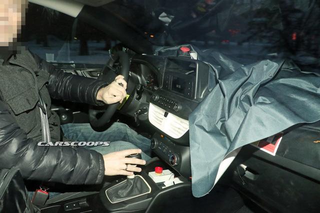 """Ford Focus thế hệ mới lần đầu """"lộ mặt"""" - ảnh 2"""