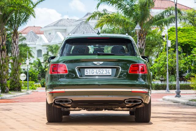 Cận cảnh Bentley Bentayga cá nhân hóa độc nhất Việt Nam - Ảnh 2.