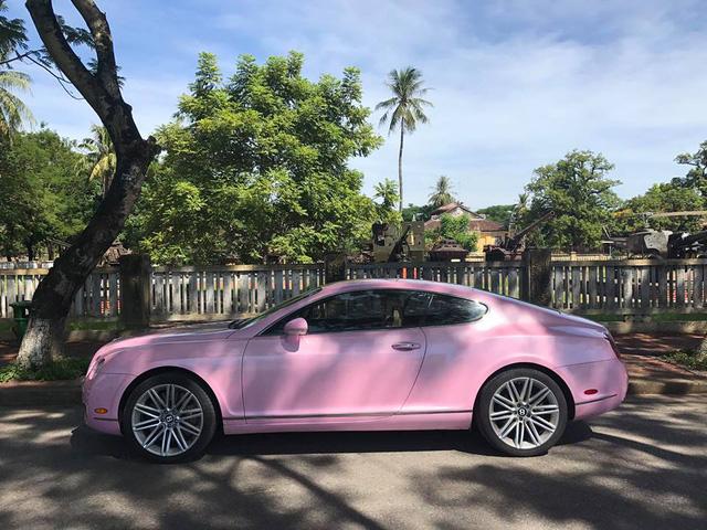 Cư dân mạng xôn xao với chiếc Bentley Continental GT màu hồng có giá rao bán hơn 1 tỷ Đồng - Ảnh 8.