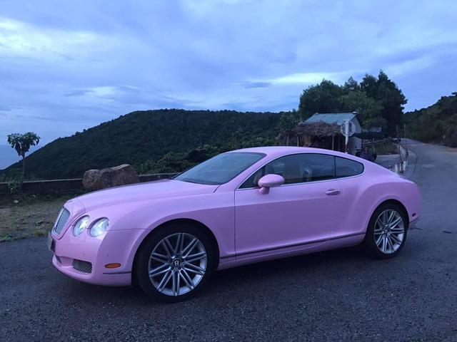 Cư dân mạng xôn xao với chiếc Bentley Continental GT màu hồng có giá rao bán hơn 1 tỷ Đồng - Ảnh 1.