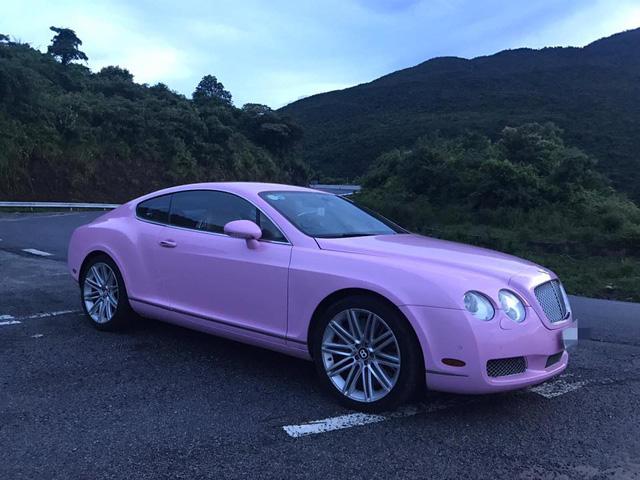 Cư dân mạng xôn xao với chiếc Bentley Continental GT màu hồng có giá rao bán hơn 1 tỷ Đồng - Ảnh 2.